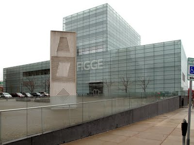 The Figge Art Museum designed by David Chipperfield and sited overlooking the Mississippi River.
